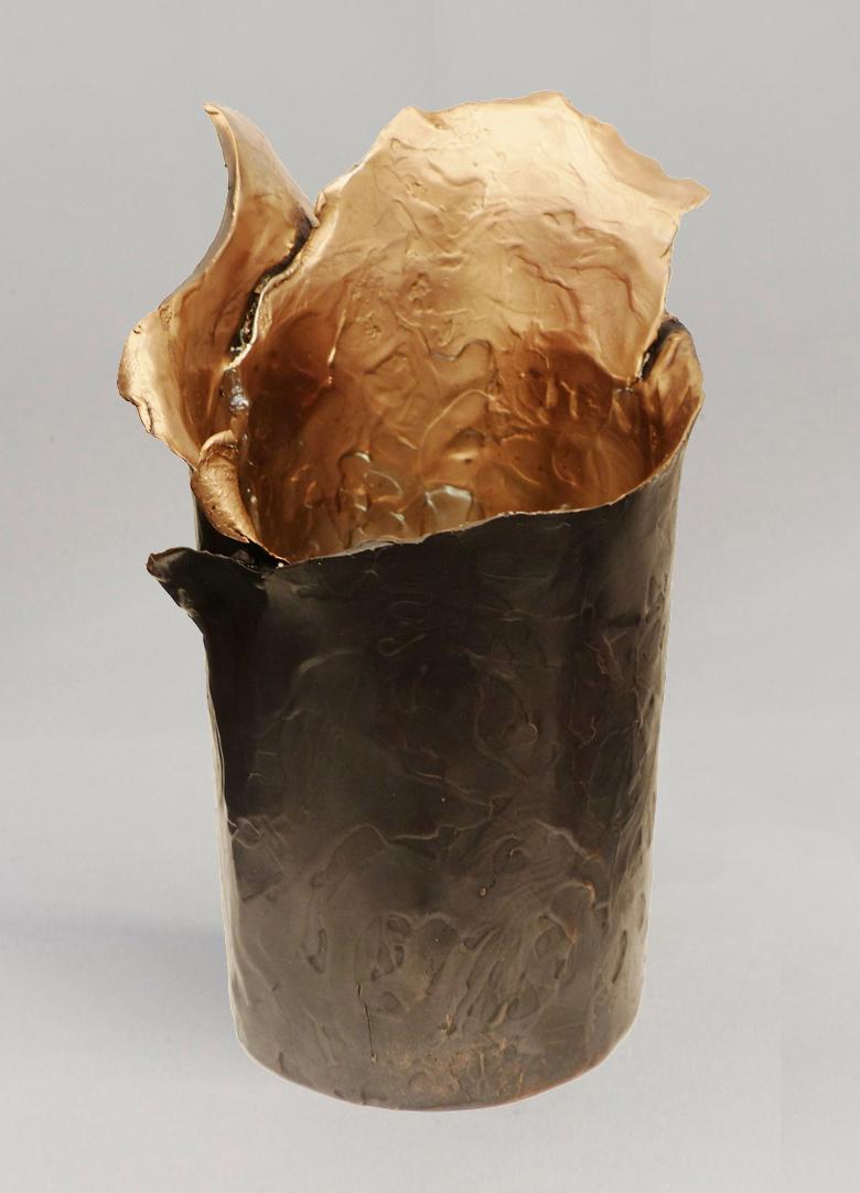 golden-brown-vase-short